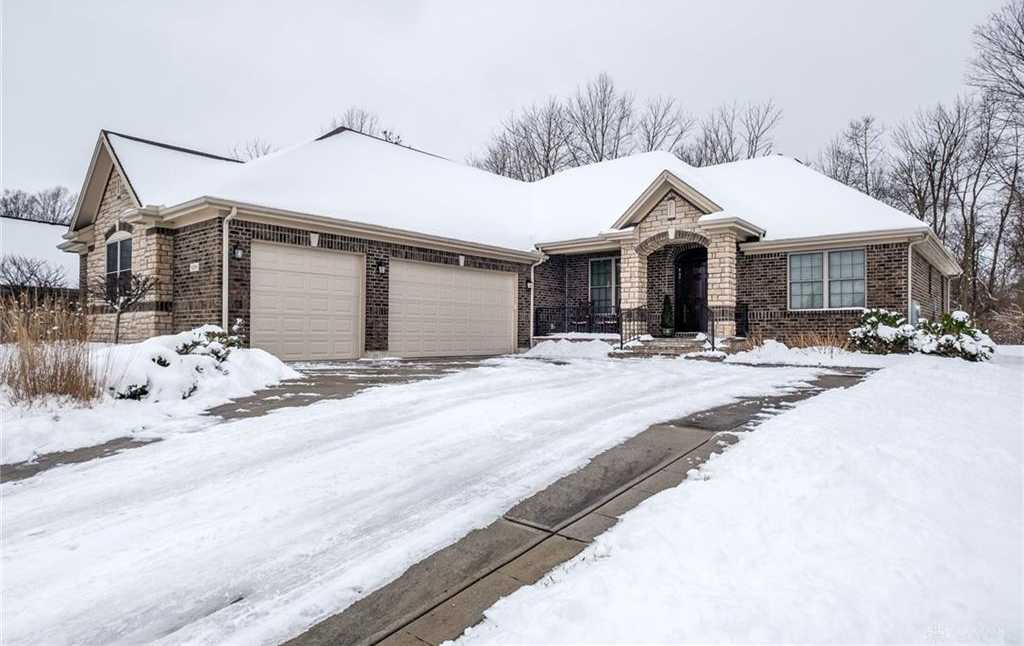 $485,000 - 3Br/3Ba -  for Sale in Trails/saddle Crk Sec 04, Dayton