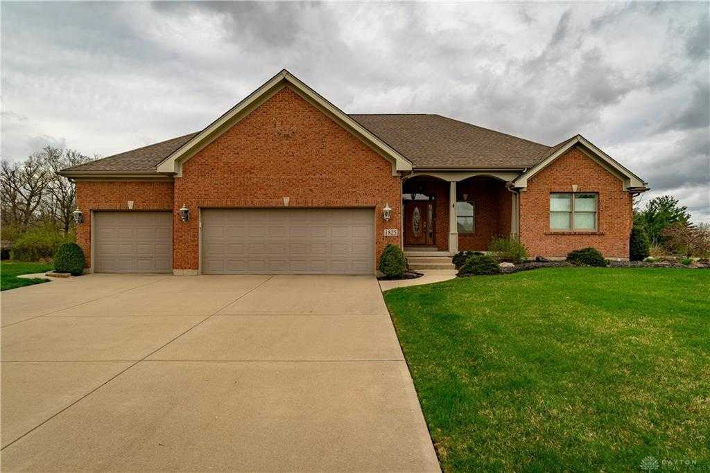 $429,900 - 3Br/4Ba -  for Sale in Sydneys Bend Sec 03, Miamisburg