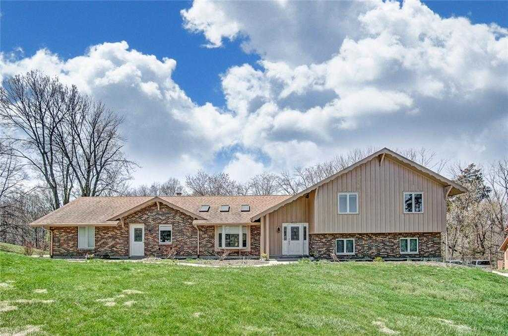 $339,900 - 4Br/3Ba -  for Sale in Vienna Park, Miami Township
