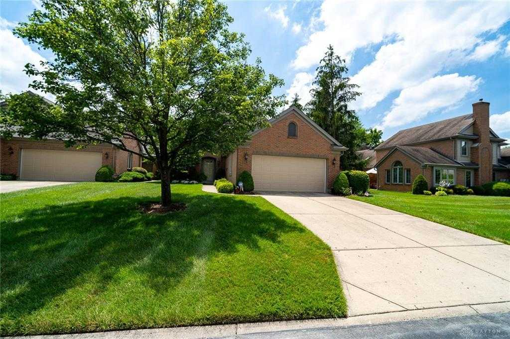 $259,900 - 3Br/3Ba -  for Sale in Vienna Estates, Miamisburg