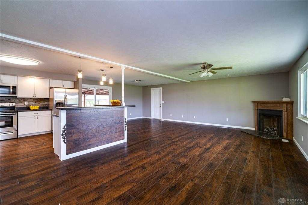 $224,900 - 3Br/2Ba -  for Sale in Andrews, New Carlisle