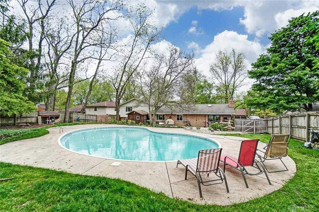 $308,500 - 5Br/3Ba -  for Sale in Replat Tara Estates, Beavercreek