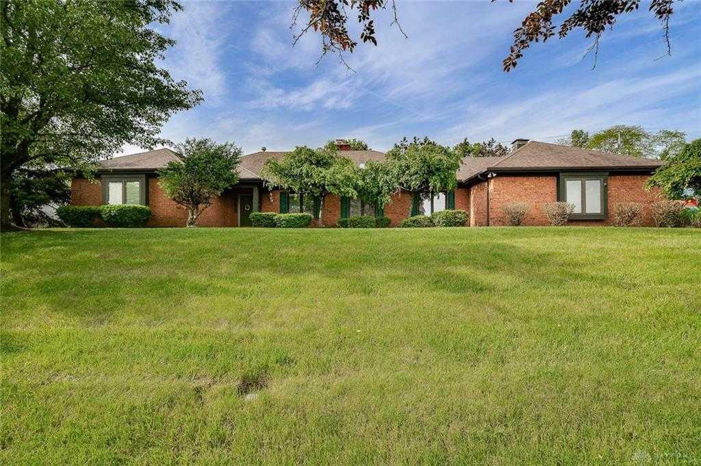 $320,000 - 3Br/2Ba -  for Sale in Arklow, Beavercreek