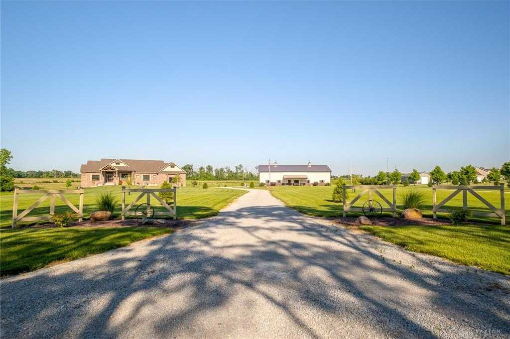 $775,000 - 3Br/3Ba -  for Sale in Xenia Twp