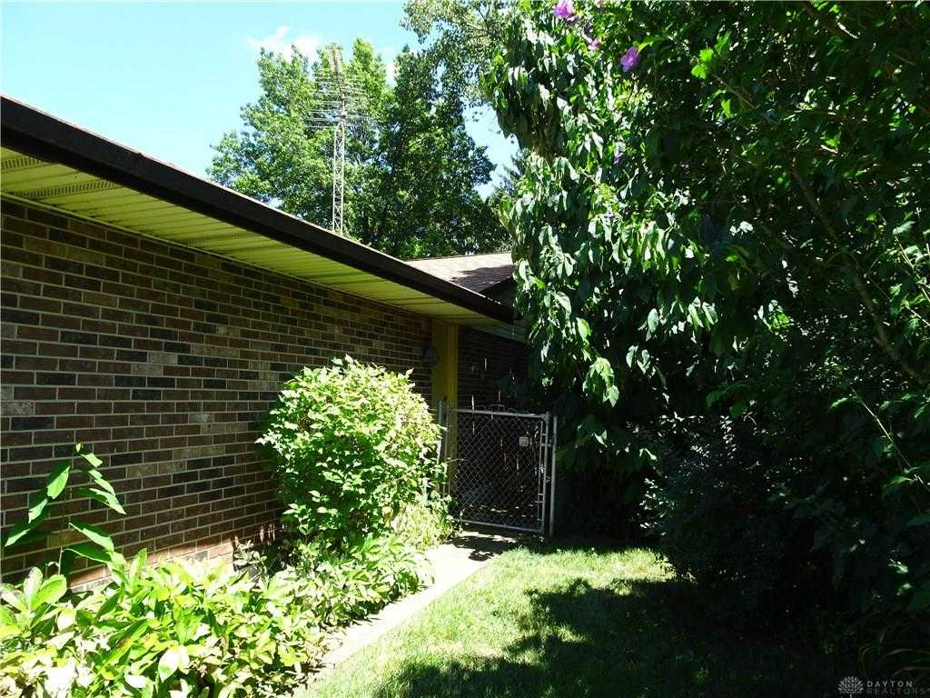 $225,000 - 4Br/3Ba -  for Sale in Southbrook Manor, Centerville