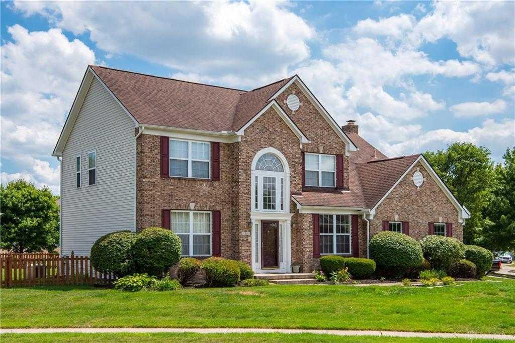 $248,000 - 4Br/3Ba -  for Sale in Village Forest Ridge, Dayton