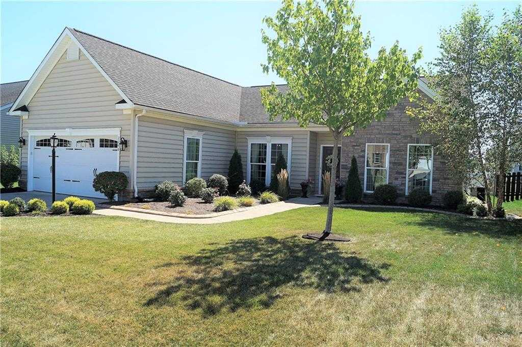 $242,000 - 3Br/2Ba -  for Sale in Carriage Trls Sec 11 Ph I, Huber Heights