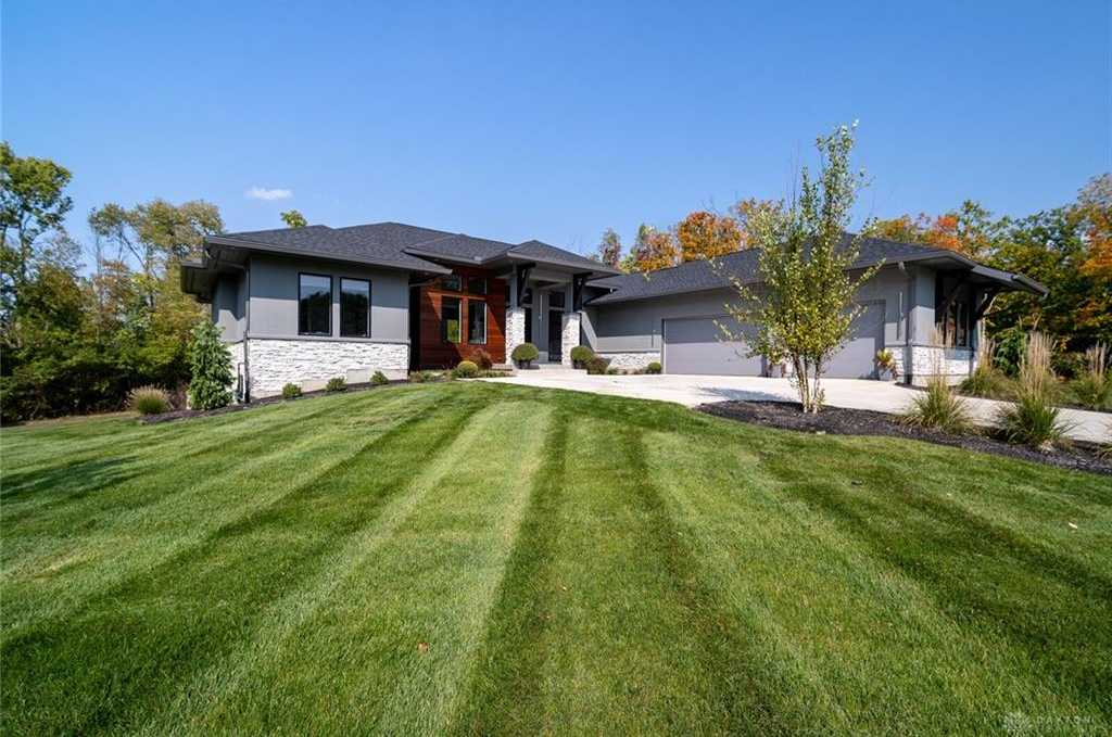 $1,069,900 - 5Br/4Ba -  for Sale in Country Crk Est1, Clearcreek Twp