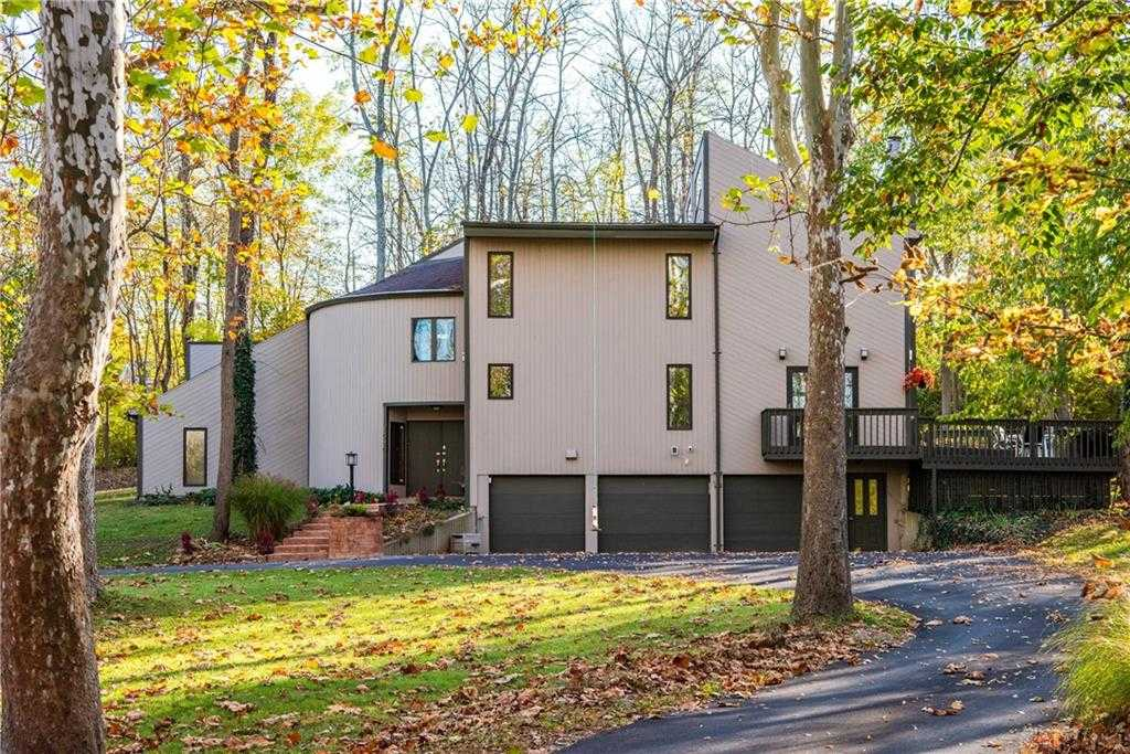 $399,900 - 4Br/3Ba -  for Sale in Mrs, Sugarcreek Township
