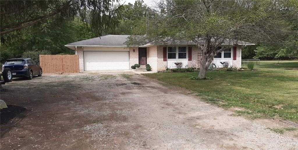 $196,900 - 3Br/2Ba -  for Sale in Rocky Acres, West Alexandria