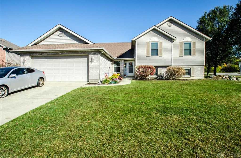 $265,000 - 4Br/3Ba -  for Sale in Lexington Place Sec 01, Huber Heights
