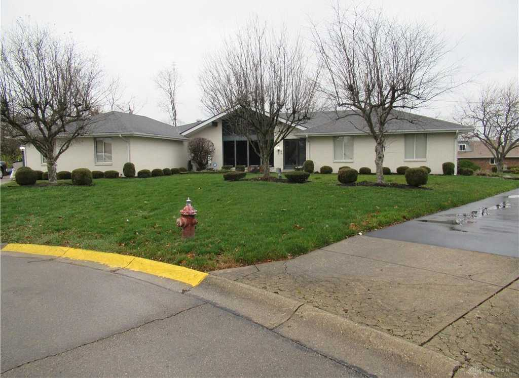 $175,000 - 4Br/3Ba -  for Sale in Mumma Estates, Harrison Twp