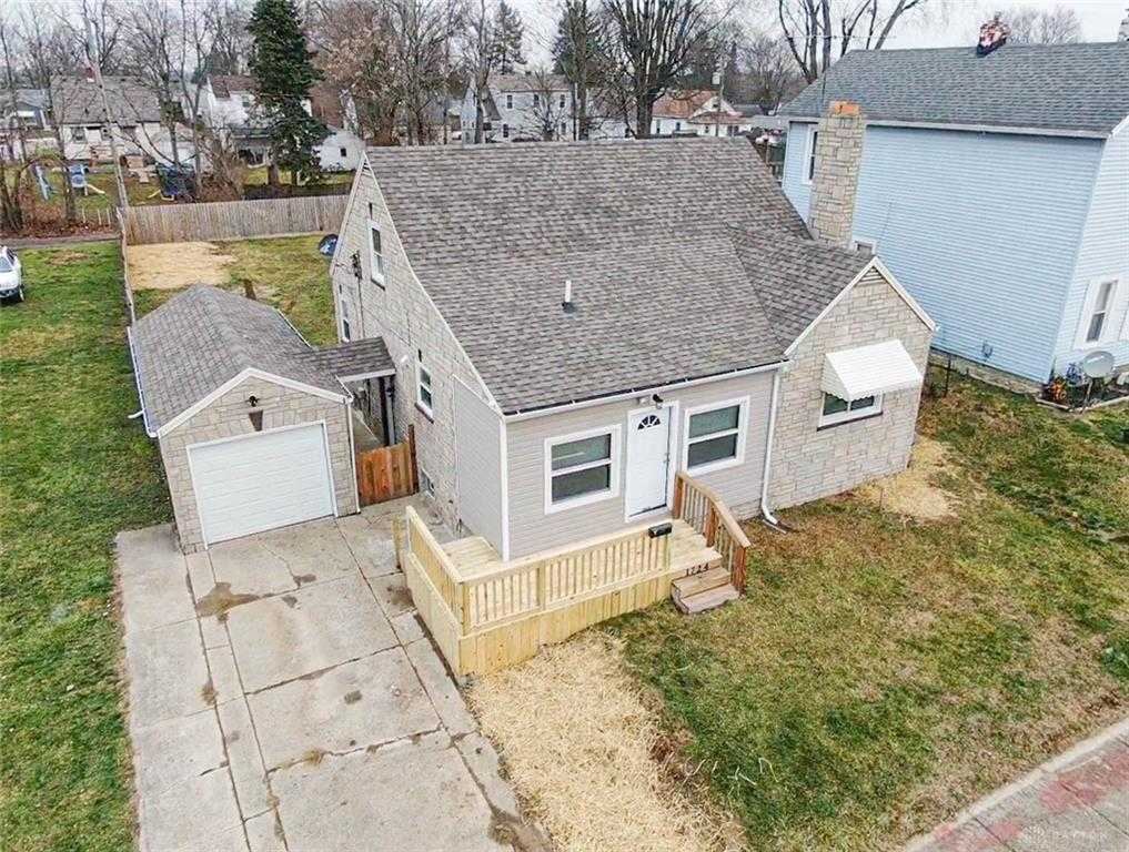 $130,000 - 3Br/2Ba -  for Sale in Kenwood Heights, Springfield