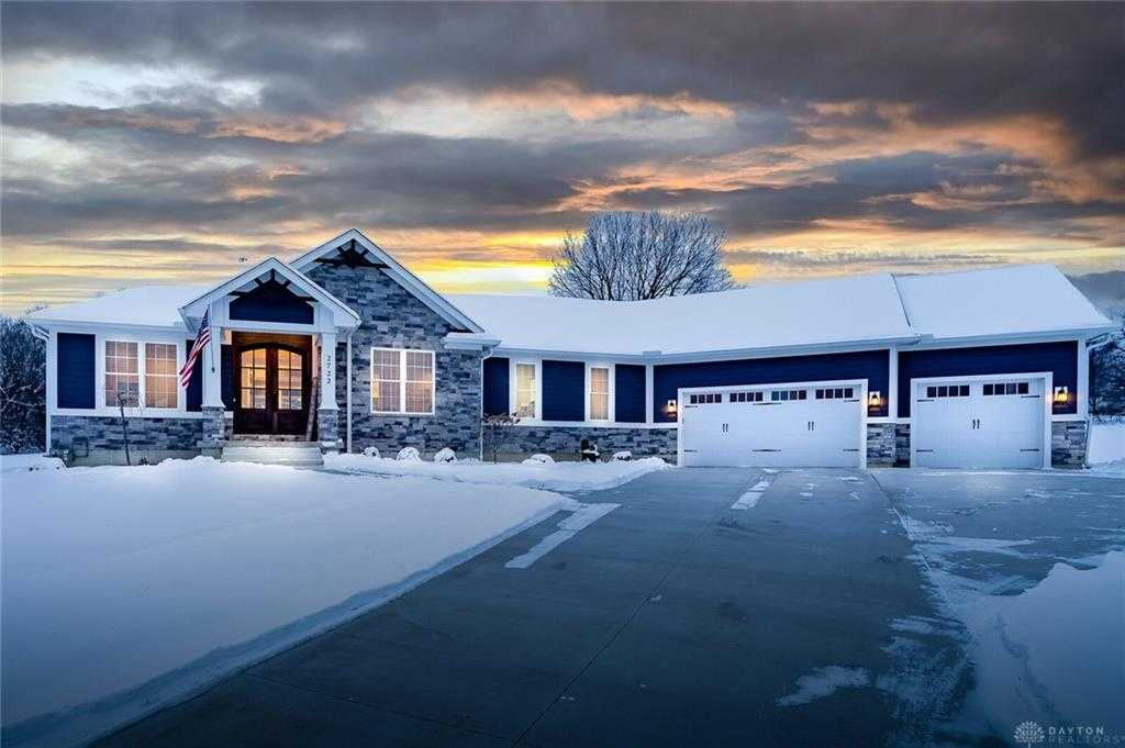 $599,900 - 4Br/3Ba -  for Sale in Savannah Farms, Clearcreek Twp