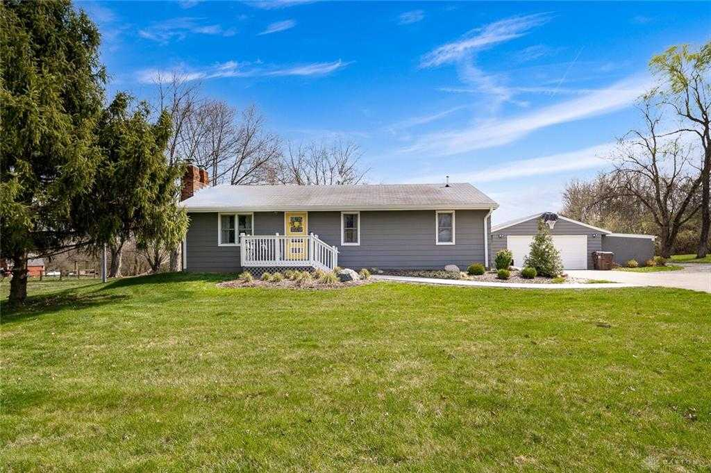 $315,000 - 4Br/2Ba -  for Sale in Ferry Farms, Sugarcreek Township