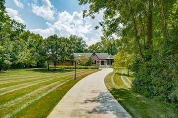 $1,550,000 - 5Br/9Ba -  for Sale in Springboro