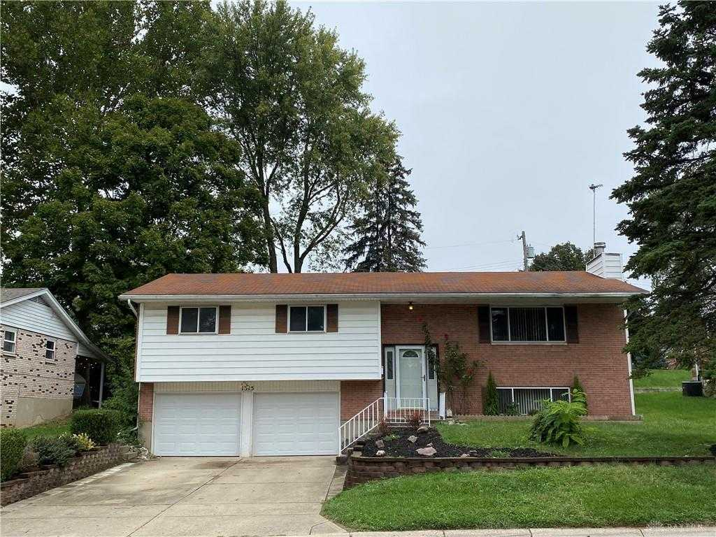 $219,900 - 3Br/3Ba -  for Sale in Blossom View, Miamisburg