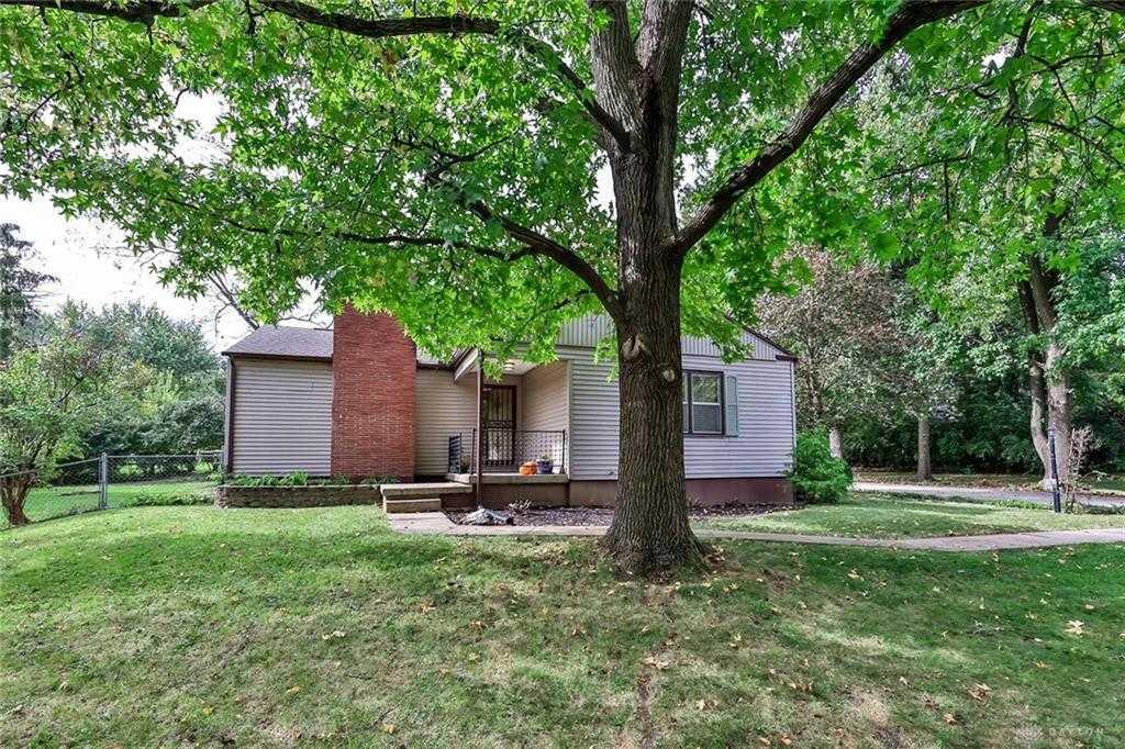 $179,900 - 4Br/2Ba -  for Sale in Stillwater Gardens, Englewood