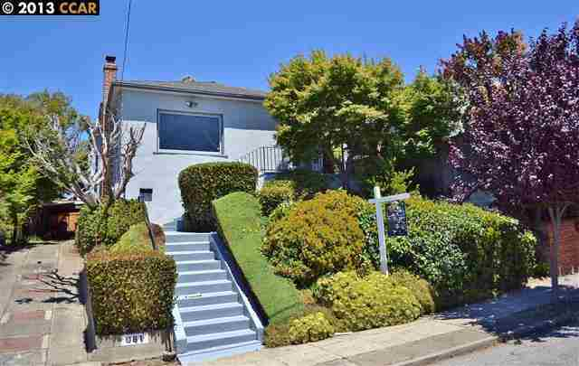 981 Warfield Ave Oakland, CA 94610