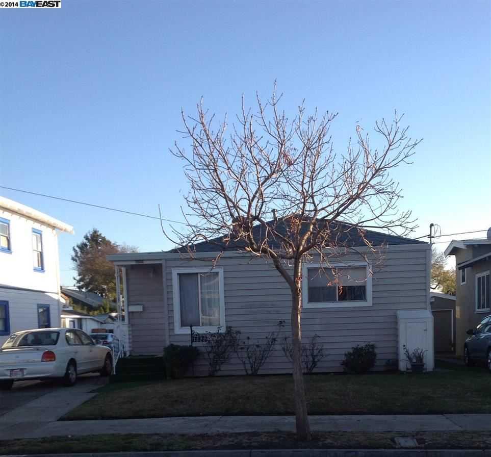1322 Carleton St Berkeley, CA 94702