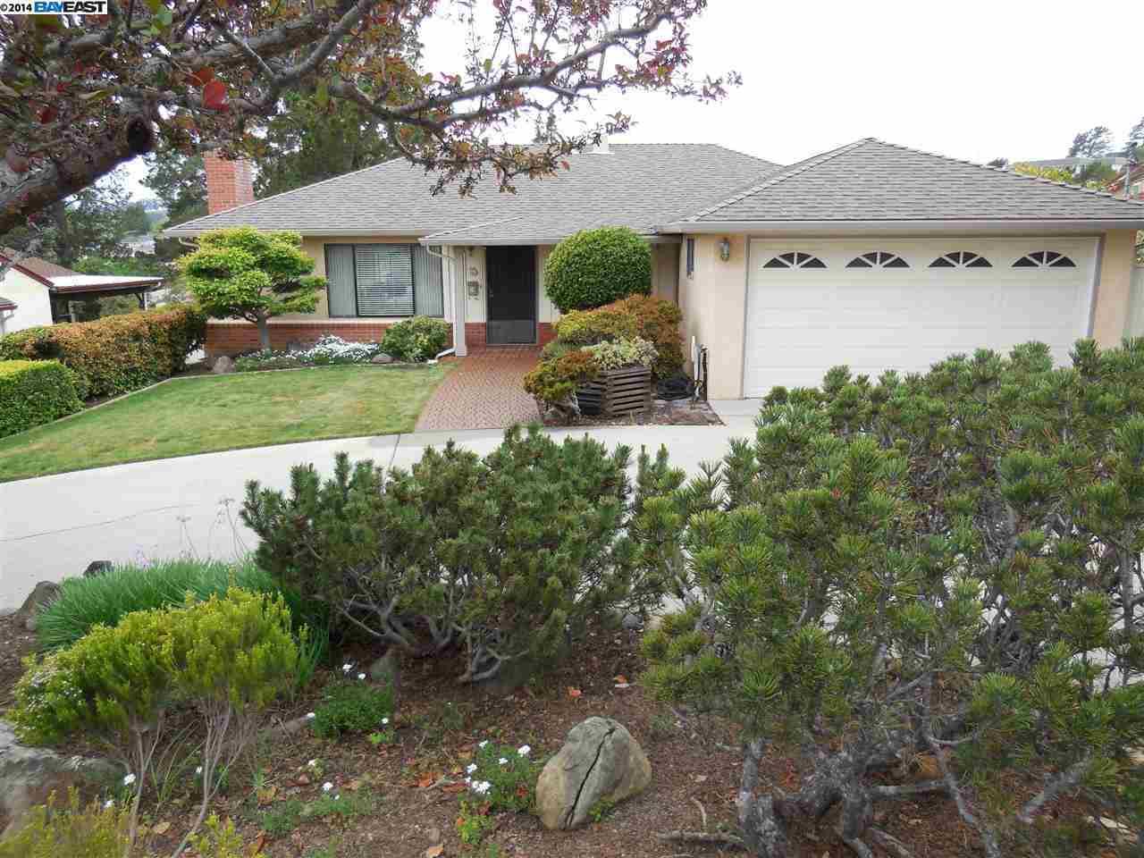 18561 Lamson Rd Castro Valley, CA 94546