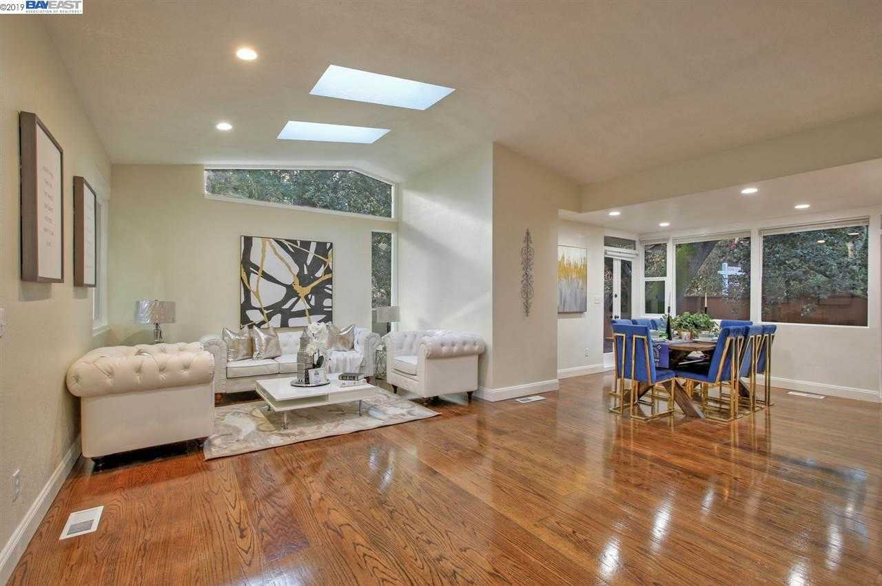 $1,160,000 - 5Br/4Ba -  for Sale in Montclaire, Oakland