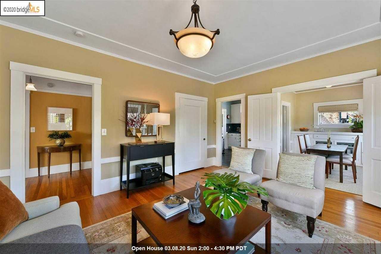 $750,000 - 1Br/1Ba -  for Sale in Elmwood, Berkeley