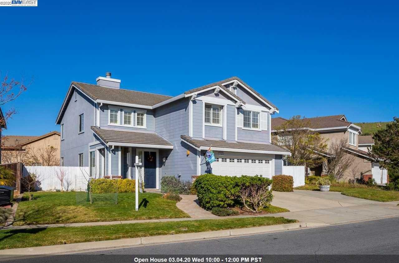 25800 Durrwood Ct Castro Valley, CA 94552
