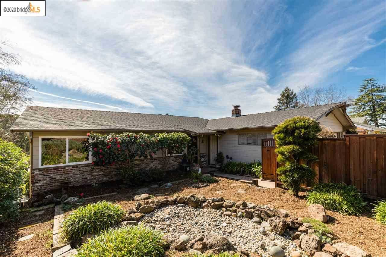 7018 Thornhill Dr OAKLAND, CA 94611