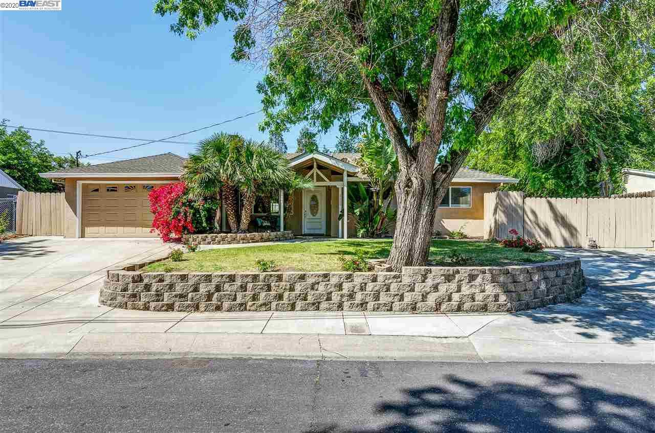 $689,000 - 3Br/2Ba -  for Sale in Sherman Acre, Pleasant Hill