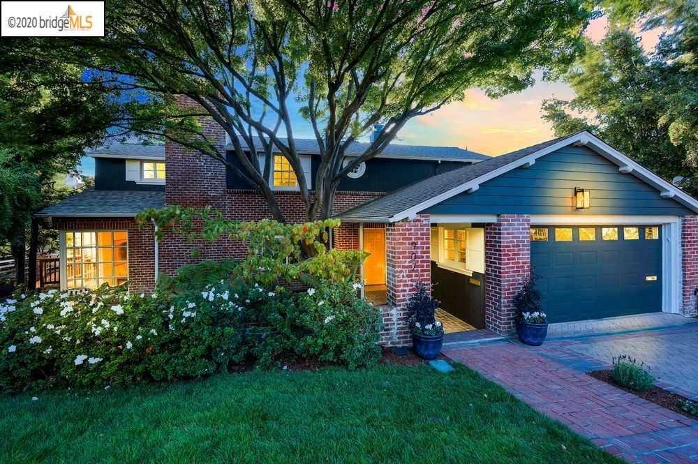 907 Hillcroft Cir Oakland, CA 94610