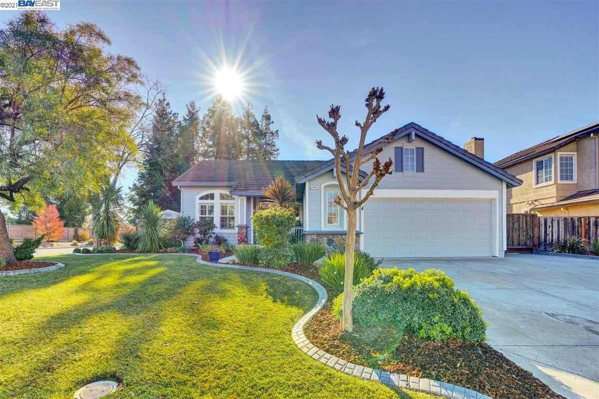 $928,000 - 3Br/2Ba -  for Sale in Windmill Springs, Livermore