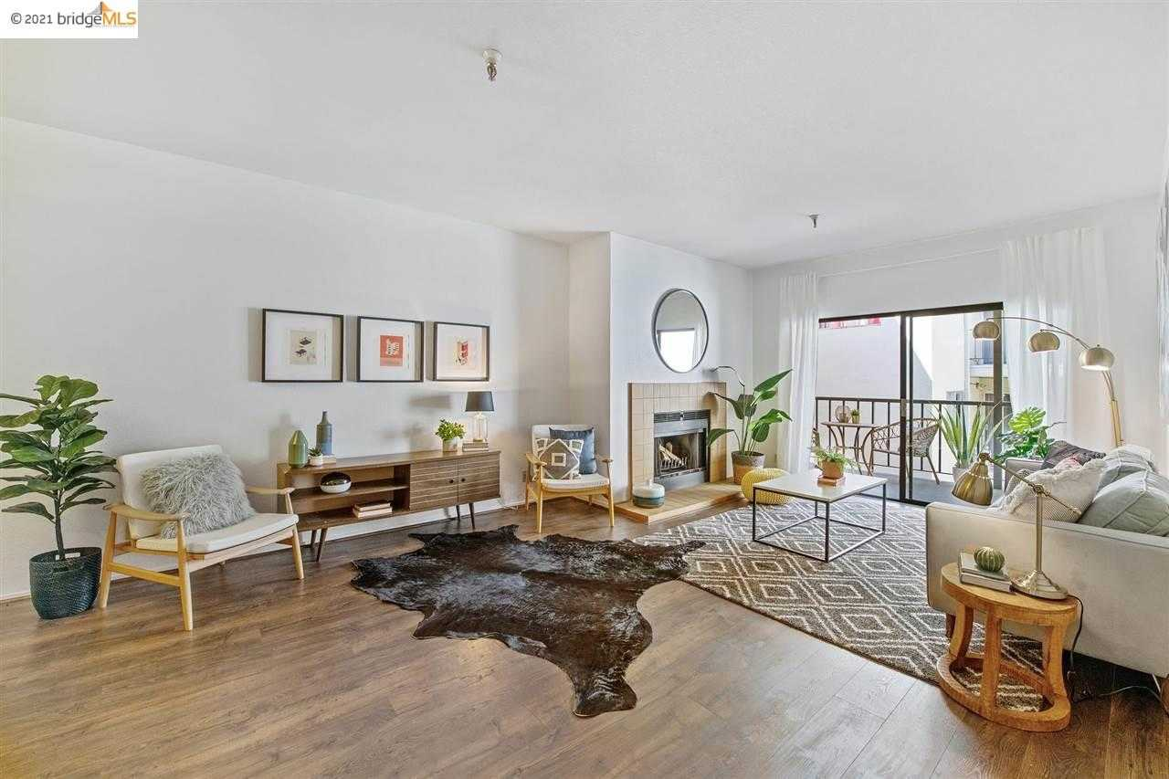 Photo of  330 Park View Ter Apt 302
