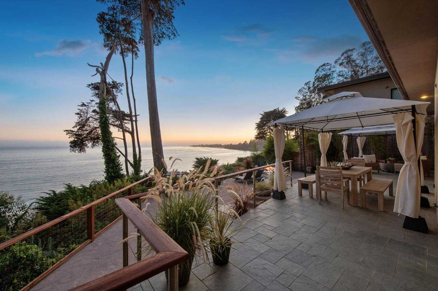 $3,700,000 - 3Br/2Ba -  for Sale in Aptos