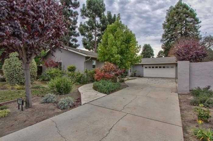 $649,900 - 3Br/3Ba -  for Sale in Salinas