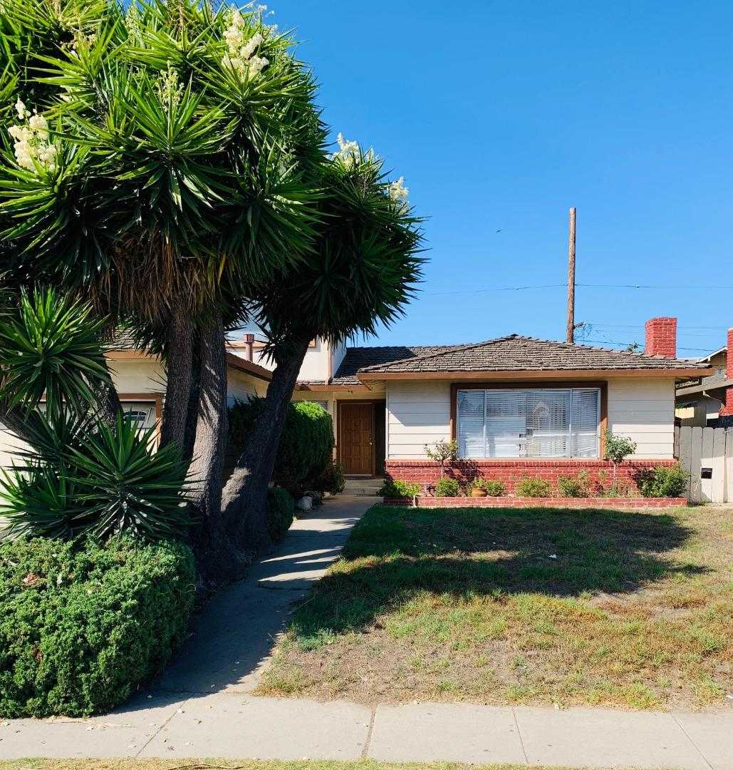 $555,000 - 3Br/3Ba -  for Sale in Salinas