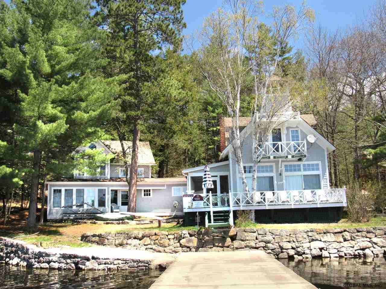 $999,000 - 5Br/3Ba -  for Sale in Horicon