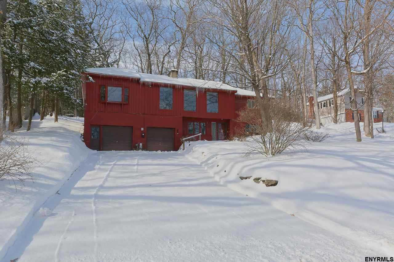 $197,900 - 4Br/2Ba -  for Sale in Rotterdam