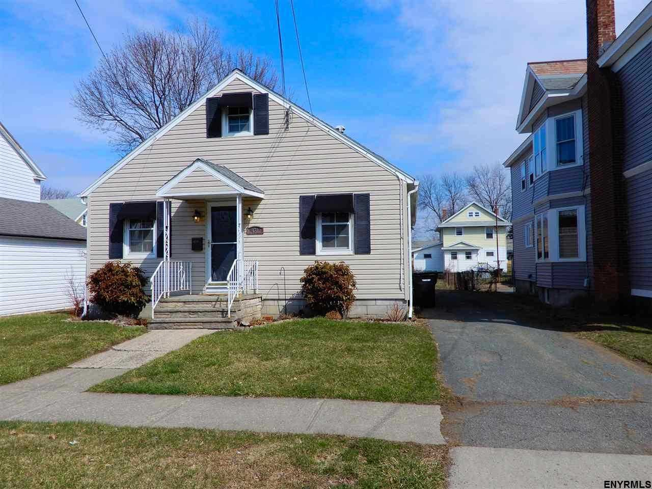 $164,900 - 3Br/1Ba -  for Sale in Troy