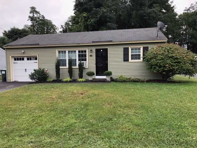$189,900 - 2Br/1Ba -  for Sale in Colonie