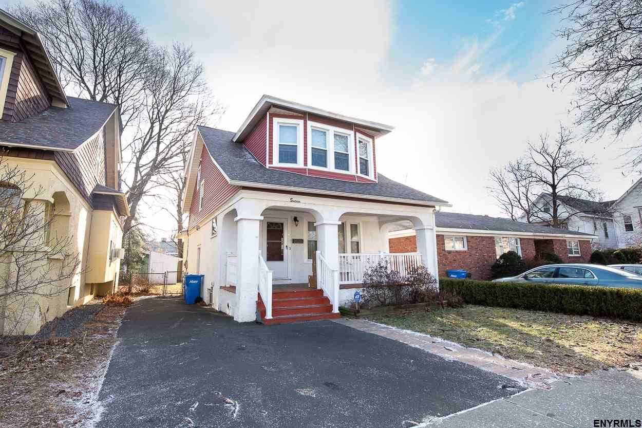 $159,900 - 3Br/2Ba -  for Sale in Albany