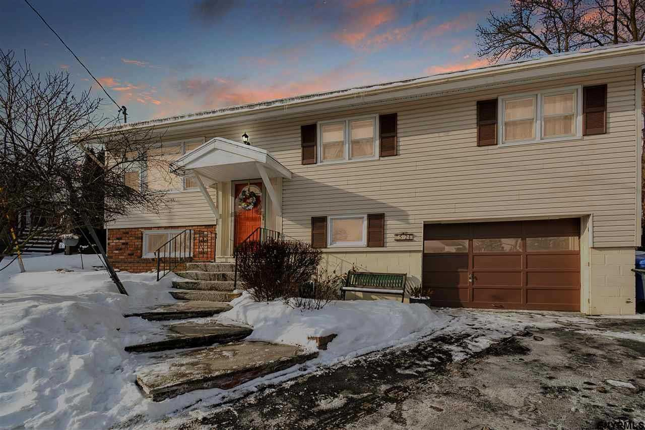 $179,900 - 3Br/2Ba -  for Sale in Albany