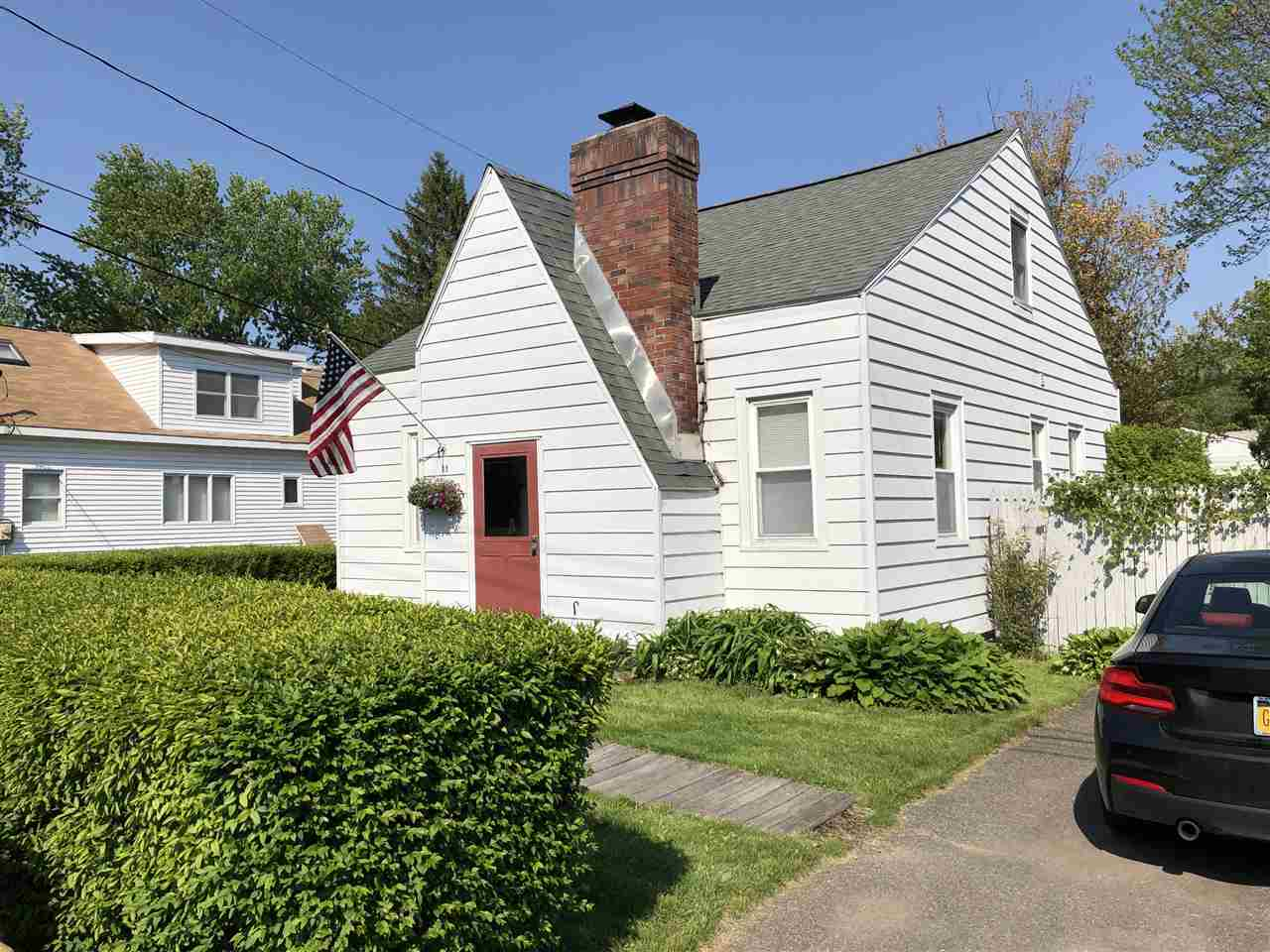 $152,900 - 3Br/1Ba -  for Sale in Colonie