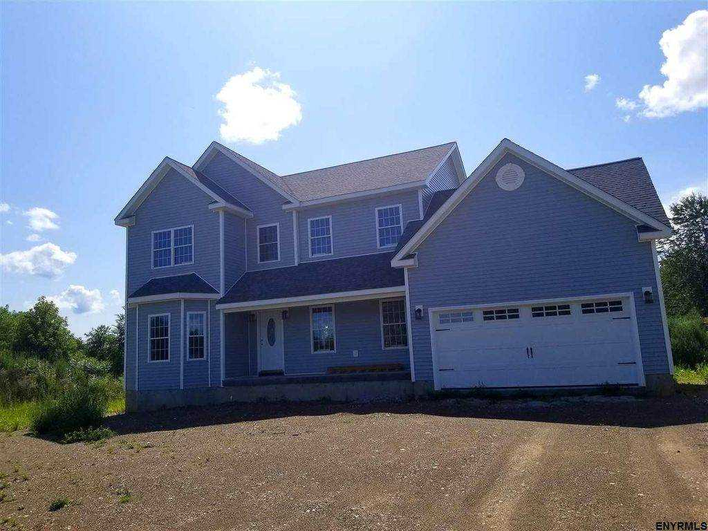 $365,900 - 4Br/3Ba -  for Sale in Valatie