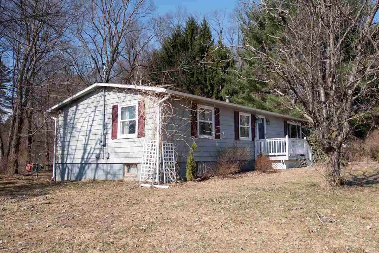 $169,000 - 3Br/1Ba -  for Sale in Halfmoon