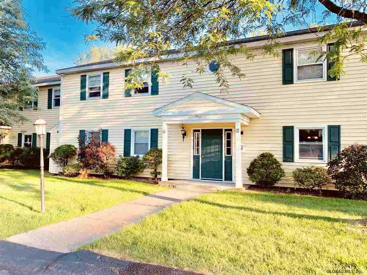 $128,000 - 2Br/1Ba -  for Sale in Colonie