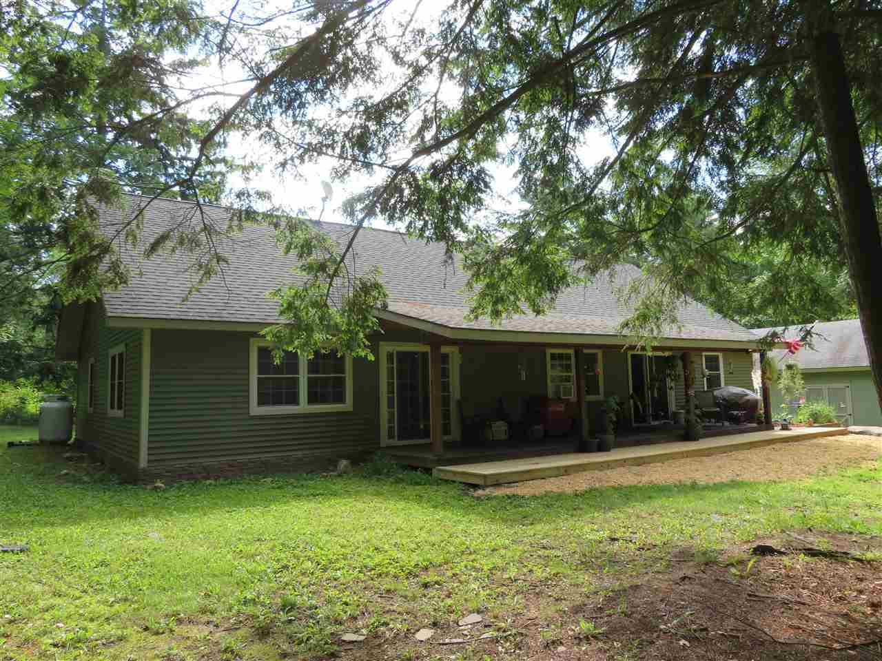 $399,000 - 5Br/3Ba -  for Sale in Greenville