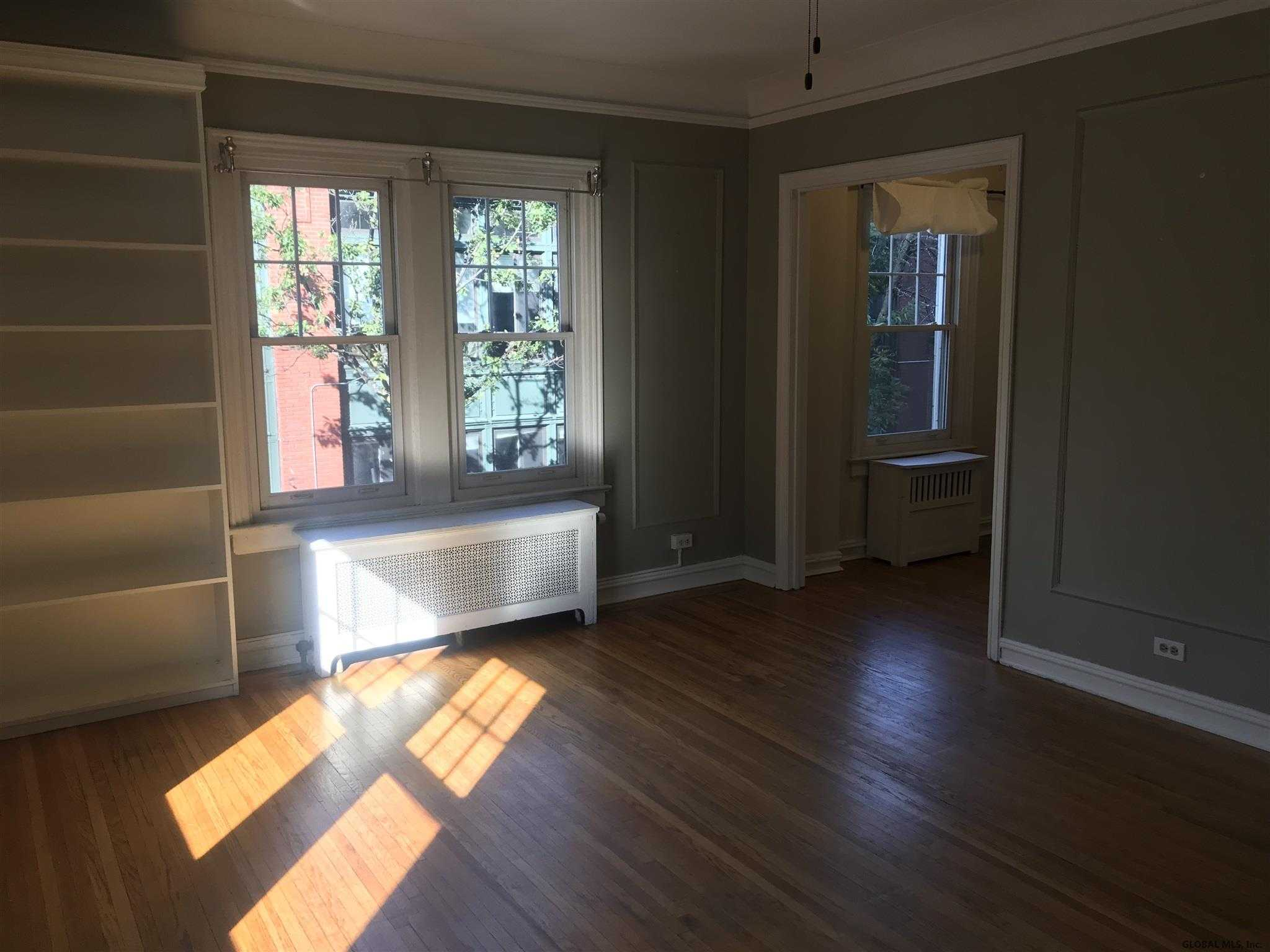 $114,900 - 1Br/1Ba -  for Sale in Albany