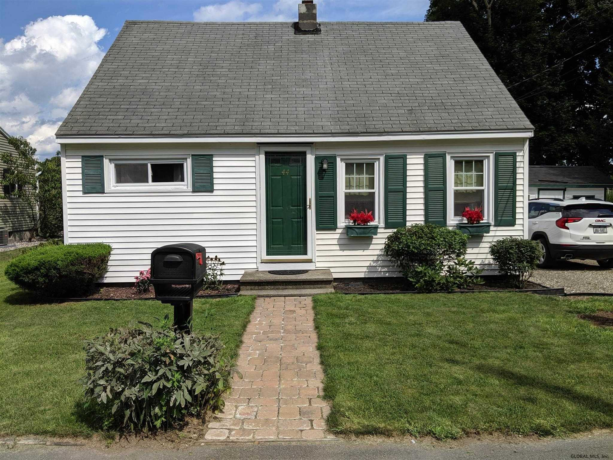 $159,000 - 3Br/1Ba -  for Sale in Troy