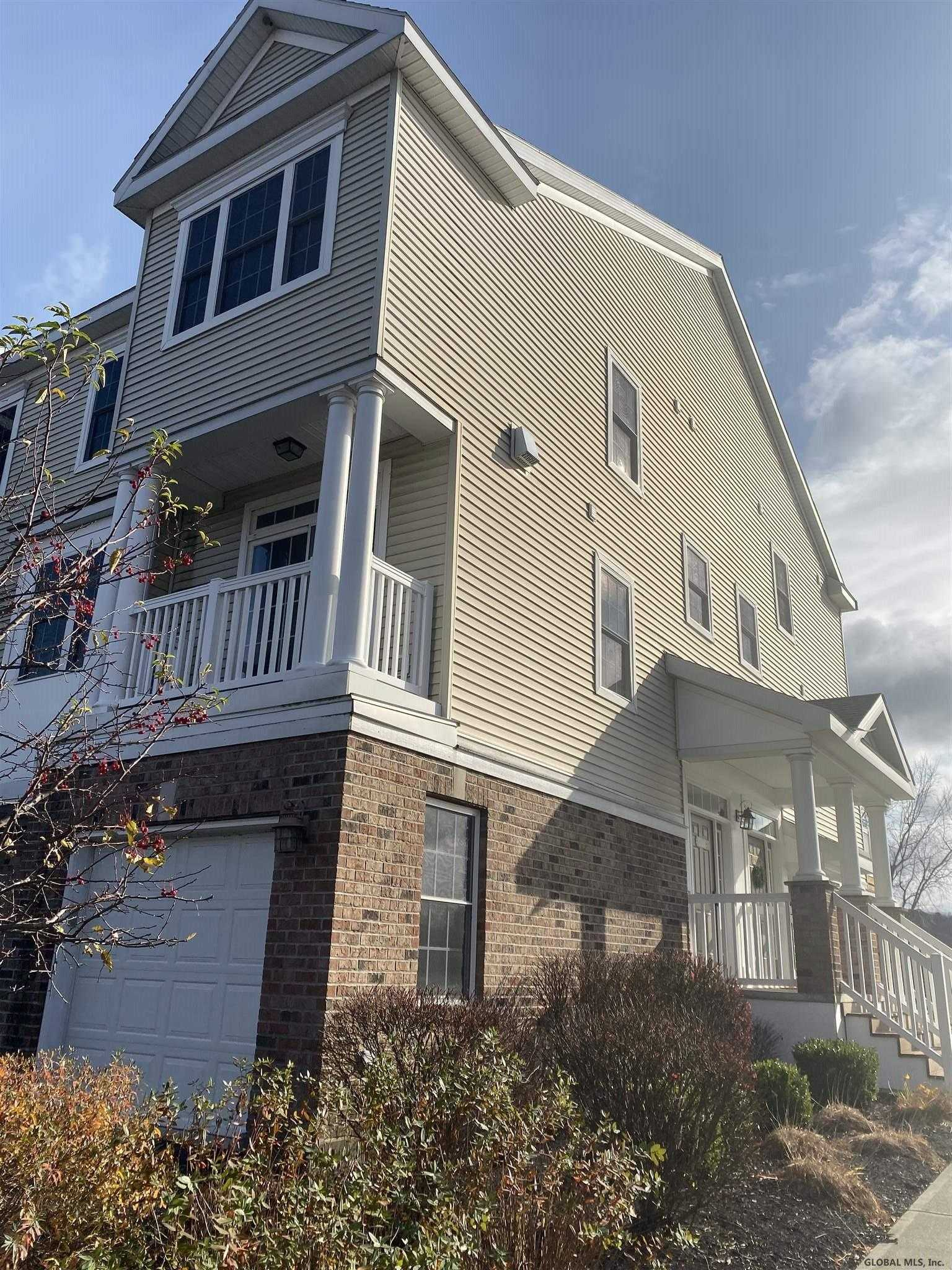 $239,999 - 2Br/3Ba -  for Sale in Cohoes
